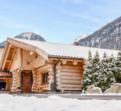 Alpenchalet in Umhausen - A 154.002, © bookingcom