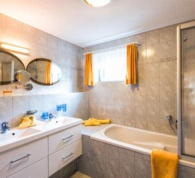 Adlerhorst 2 Badezimmer