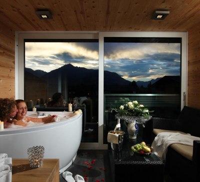 Superior Tirol Zimmer mit eigenem Whirlpool