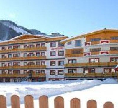 Alpenhotel Saalbach Winter