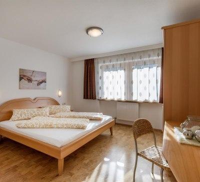 Apart_Romana_Kumbichl_870_Mayrhofen_Schlafzimmer